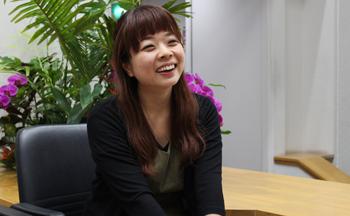 インタビュー:宮城亜紀フォト1